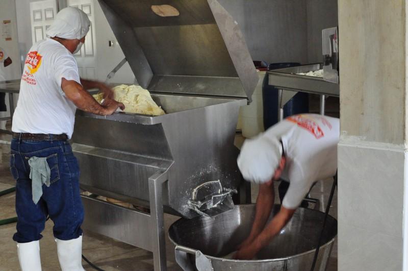 V sýrárně