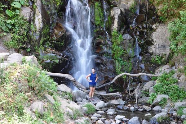Peťa u vodopádu