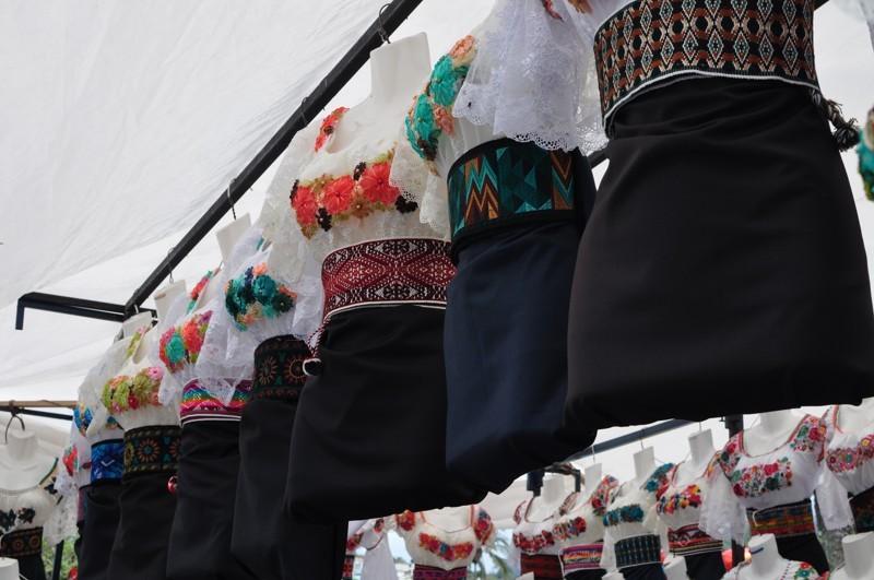 Tradiční indiánský kroj - Otavalo
