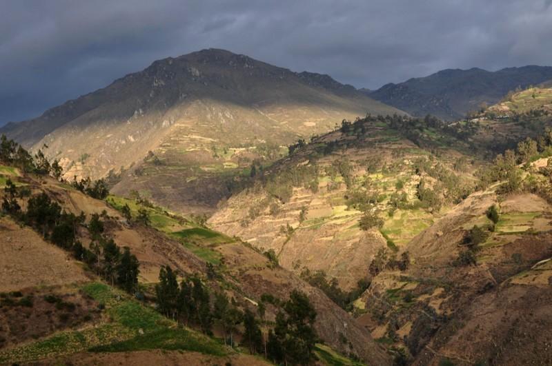 Přes hory do Huarazu