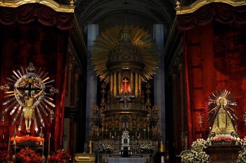 V katedrále - Salata