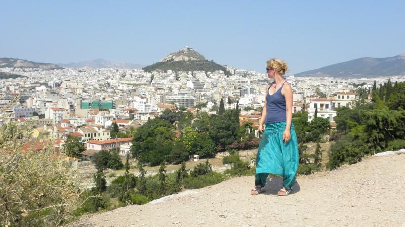 Sabča, v pozadí Lykavittos Hill